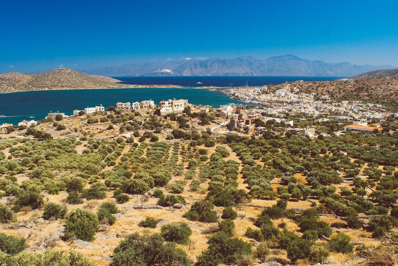 How big is Crete?