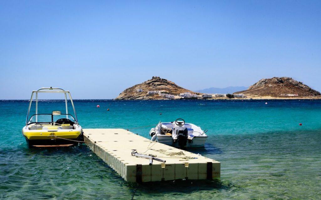 Water taxi in Mykonos