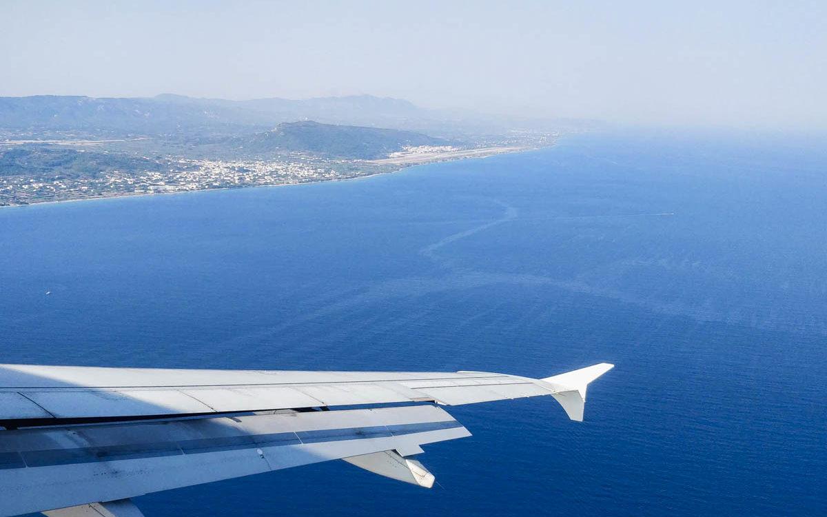 plane from Athens to Zakynthos